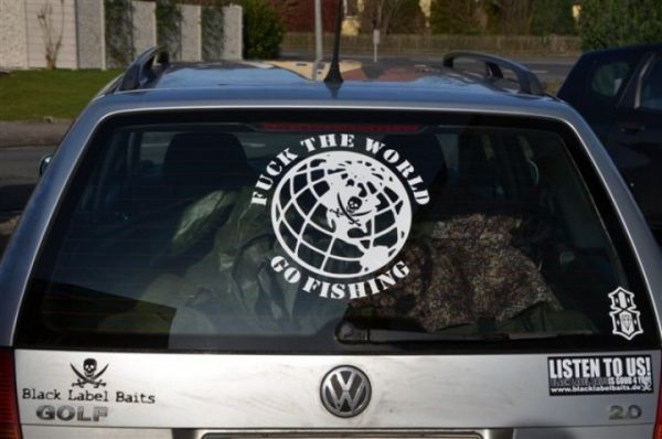 BLB Nálepka na auto - Fuck the world, Go fishing !